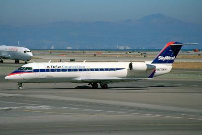 SkyWest - Delta Connection CRJ 200 N417SW