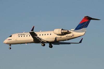 SkyWest - Delta Connection CRJ 200 N449SW
