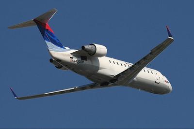 SkyWest - Delta Connection CRJ 200 N430SW