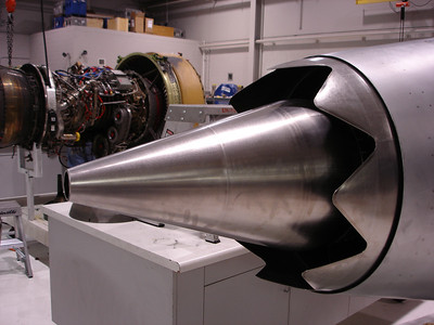 Engine shop, SkyWest SLC Hangar