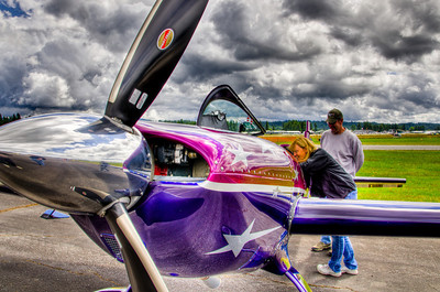Born and raised in California, Vicky Benzing has logged over 5000 hours of flight time. An accomplished pilot, skydiver, and aerobatic competitor, she has a passion for everything airborne.