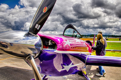 Vicky Benzing's modified German built Extra 300S