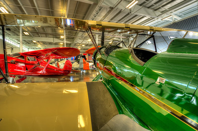 Beechcraft Staggerwing, Waco UPF-7