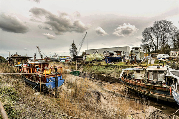 Boats at Bullo Pill Dockyard