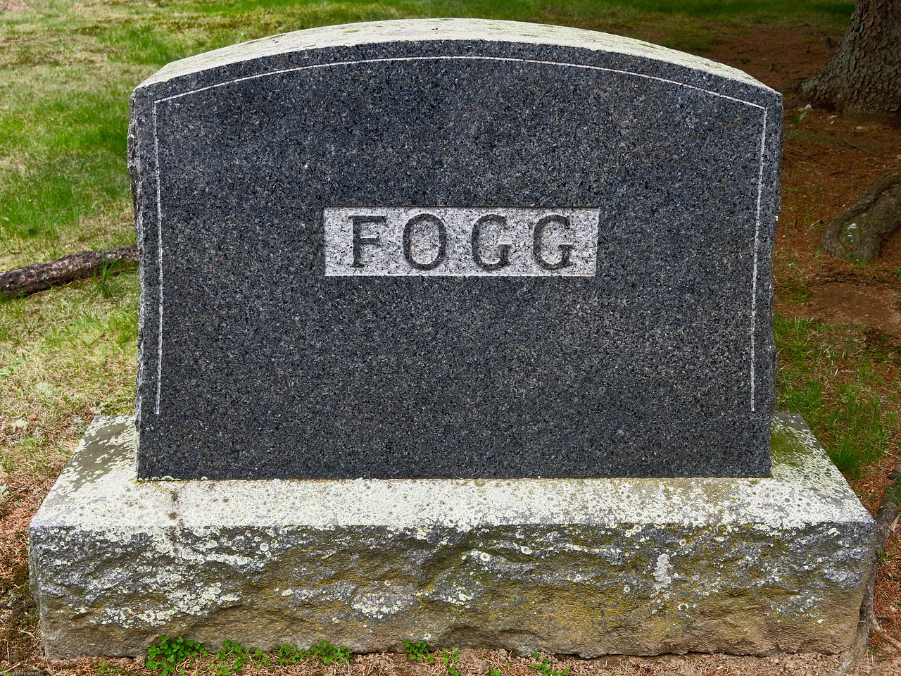 Headstone for Edwin Pierce Fogg (1857-1934) and Lena Cook Fogg (1853-1953) and children
