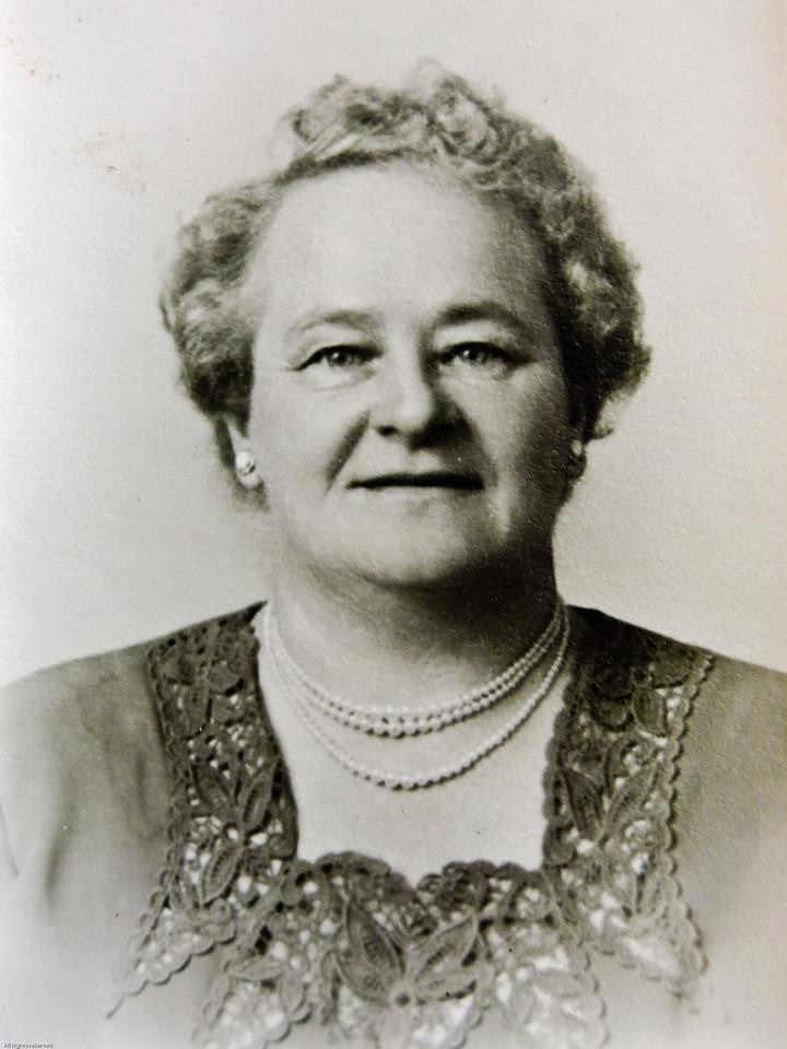 Annie Elizabeth Nylund Fogg (1901-1976)