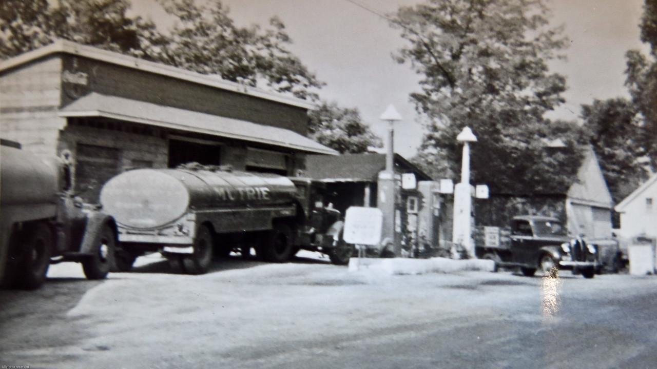 Gas station at Ashburnham