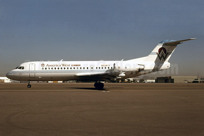 America West Airlines-Desert Sun Airlines (Mesa Airlines) Fokker F.28 Mk. 0070 N528YV (msn 11528) PHX (Bruce Drum). Image: 101110.