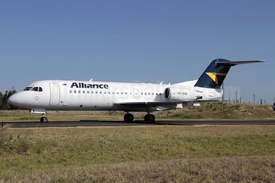 Alliance Airlines (Australia) Fokker F.28 Mk. 0070 (Fokker 70) VH-QQX (msn 11571) BNE (Peter Gates). Image: 907386.