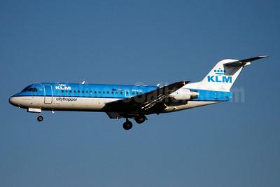 KLM Cityhopper Fokker F.28 Mk. 0070 (Fokker 70) PH-KZI (msn 11579) GVA (Paul Denton). Image: 903553.