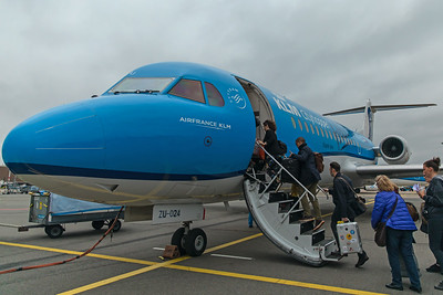 KLM Cityhopper Fokker F70 PH-KZU 10-28-17