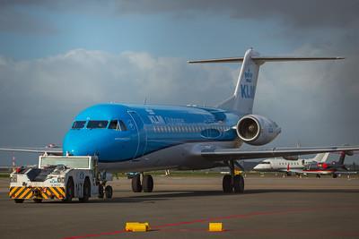 KLM Cityhopper Fokker F70 PH-KZL 10-29-17 2