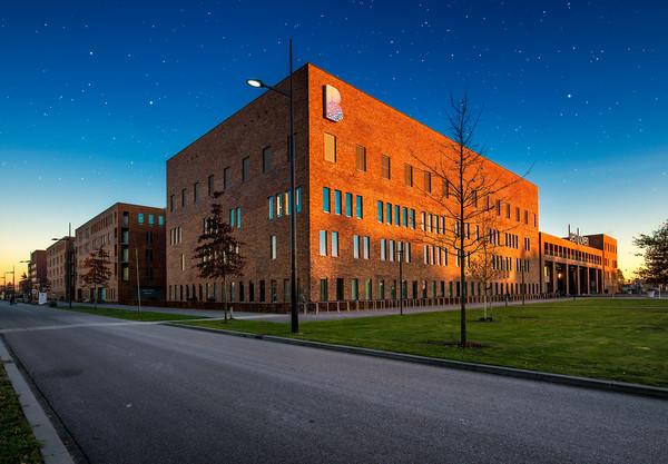 Ziekenhuis Bernhoven Uden | Foto Architectuur Gebouw Zijaanzicht Fine Art Impressie Architectural Photography Hospital