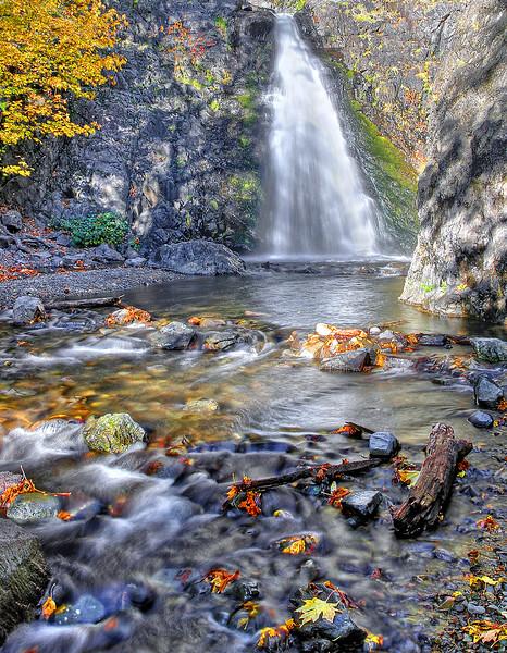 Dog Creek Falls near White Salmon, WA (10-27-2010)