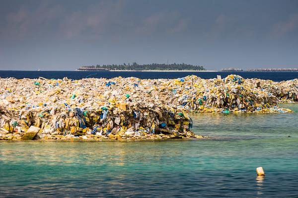 TARA OCEANS EXPEDITION - RUBBISH ISLAND - TILAFUSHI - MALDIVES
