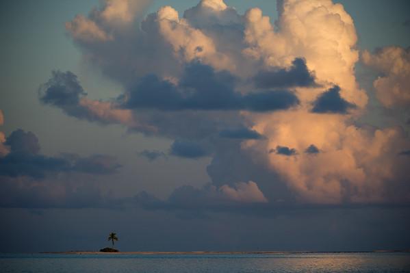 2012 - ATOLL OF FAKARAVA - FRENCH POLYNESIA
