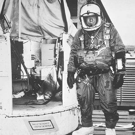 Joe Kittinger ,  Aug 16, 1960 New Mexico