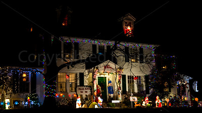 Falls Church Christmas lights