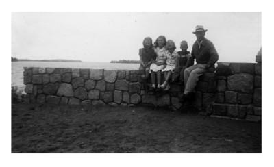 Arlene, Ilah, Janice, Jimmu with dad Tom, Leech Lake, 1951.
