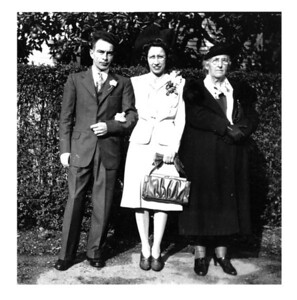 Gordon and Sophie Scott with Grandma Oline Hopland.