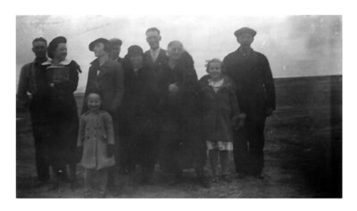 Tom McCready, Iris Wick, Harriet & Ed Benzinger, Grandma Hopland,  5 Unknowns-Undated6.