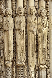 Figures of the Old Testament on the west portal (1145-1155)