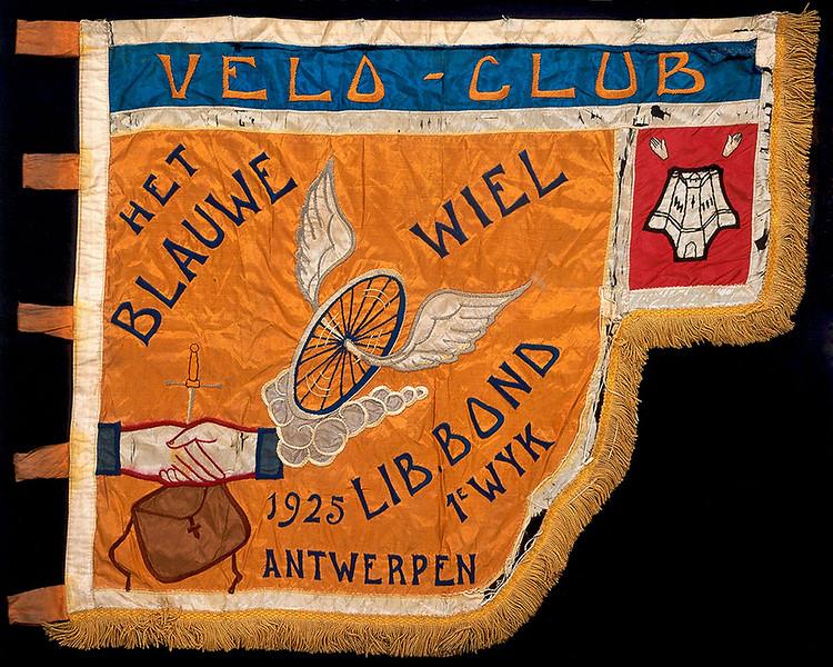 "Cyclists Club ""Het Blauwe Wiel"", Antwerp"