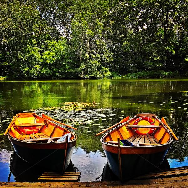 Boat duo