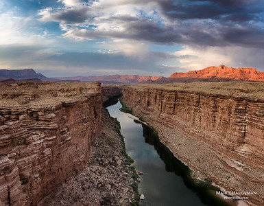 Lightplay in Marble Canyon