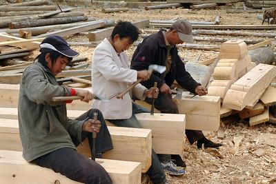 Woodworkers, Zhongdian