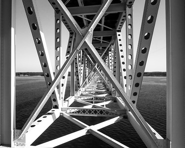 Steel Truss in Black and White.