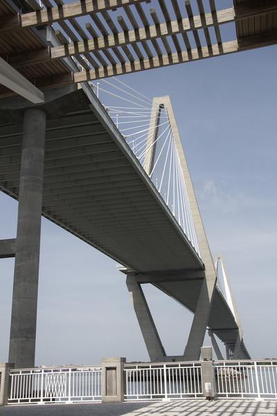 2040 Under the Ravelal Bridge