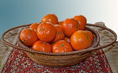 madarin oranges in a basket, madarin oranges in a basket