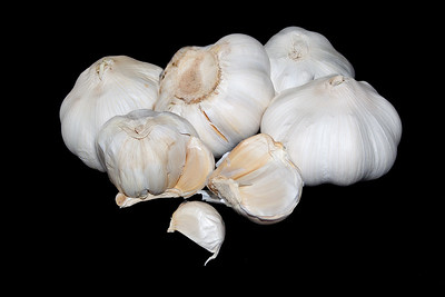 5 garlic bulbs