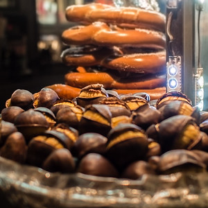 Fall in #NYC. #chestnuts #roasted #fire #cold #weather #tradition #comfortfood #streetfood