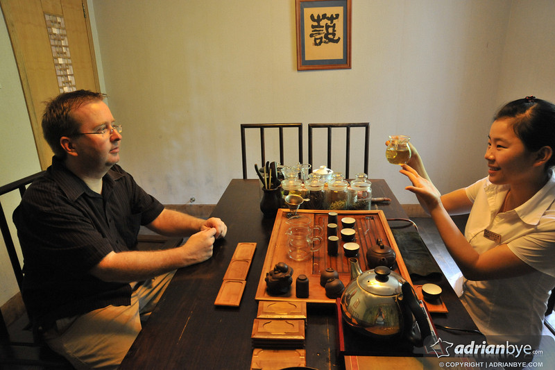 Being taught in a proper Chinese tea ceremony