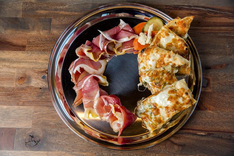 Prosciutto and Pizza Cheese Bread