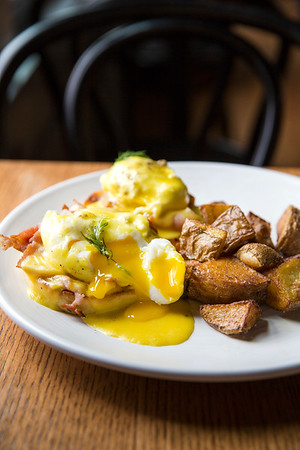 Eggs Benedict Saint Helens Brunch at Seattle, WA