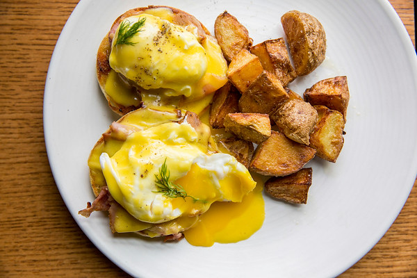 Eggs Benedict Saint Helens Brunch at Seattle, WA