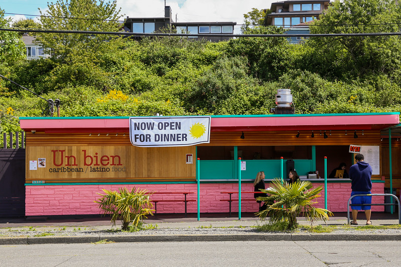 Un Bien Caribbean restaurant in Seattle