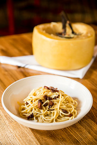 Cheese Wheel Pasta at Vivo 53 in Bellevue, WA