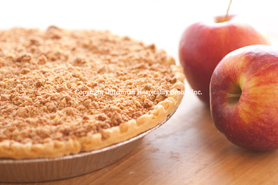 Dutch Apple Crumb-topped Pie