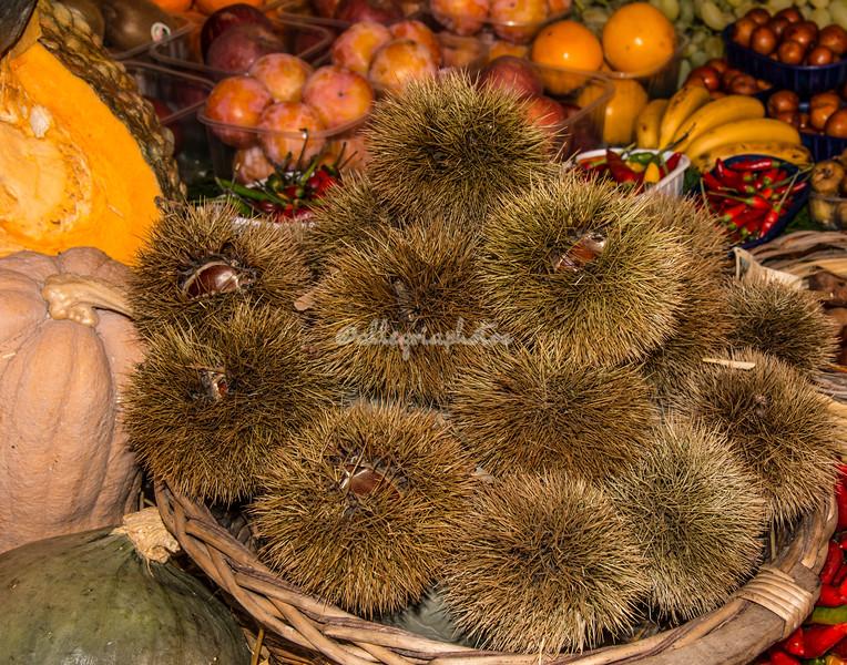 Chestnuts in their hulls, Campo dei Fiori, Rome