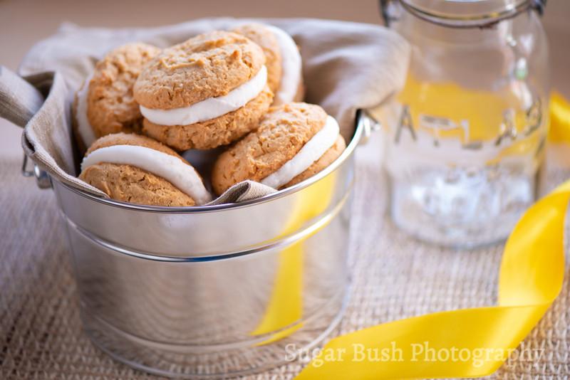Peanut Butter Whoopie Pie Cookies