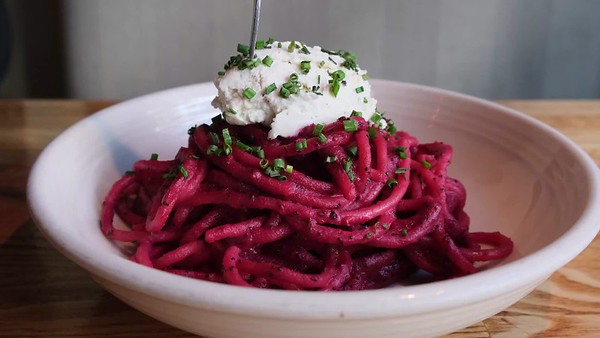Vivo 53 Beet Pasta Food Video