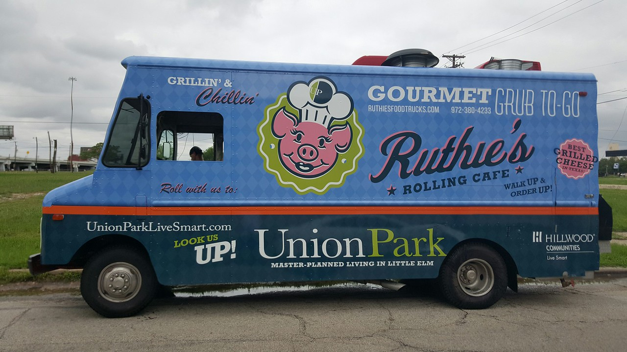 Food Truck Wrap for Ruthie's Rolling Cafe, Dallas, TX