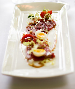 Au Jardin les Amis - Blue fin Tuna  Hon maguro with horseradish and roasted sesame dressing