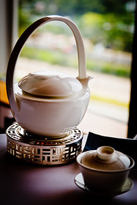Teapot, warmer and gaiwan