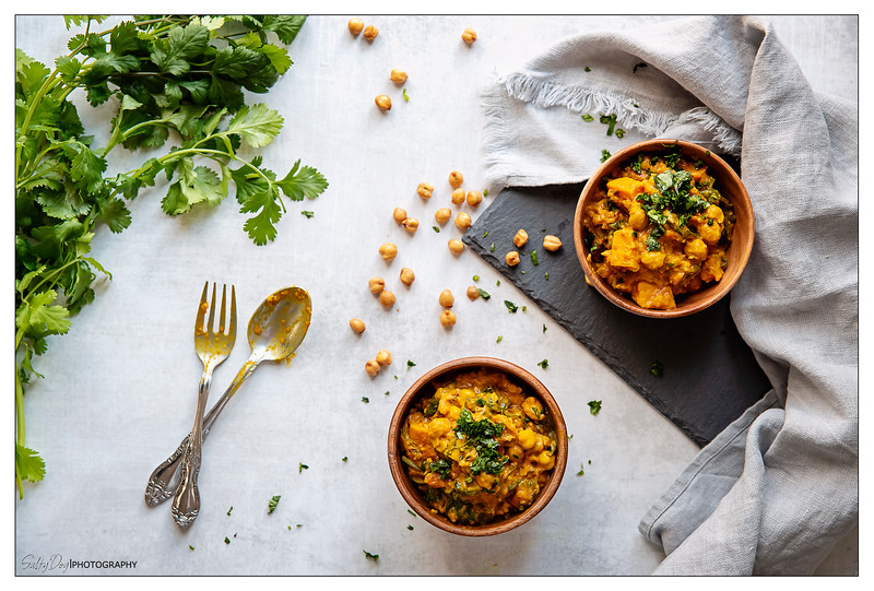 Curried Chickpeas with Sweet Potatoes, Spinach & Saffron