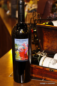 LeRoy Neiman painted the picture of Sam Snead for the labels for the wines dedicated to Sam Snead.